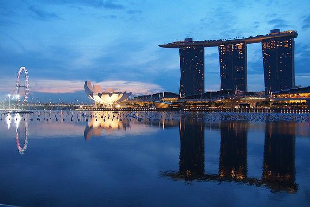 singapore-1429010_640_1.jpg